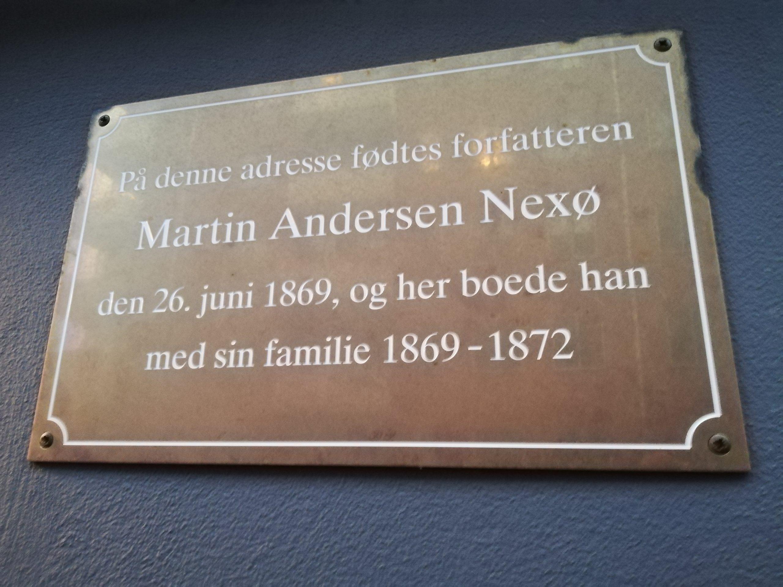 billede af mindepladen i Skt. Annægade