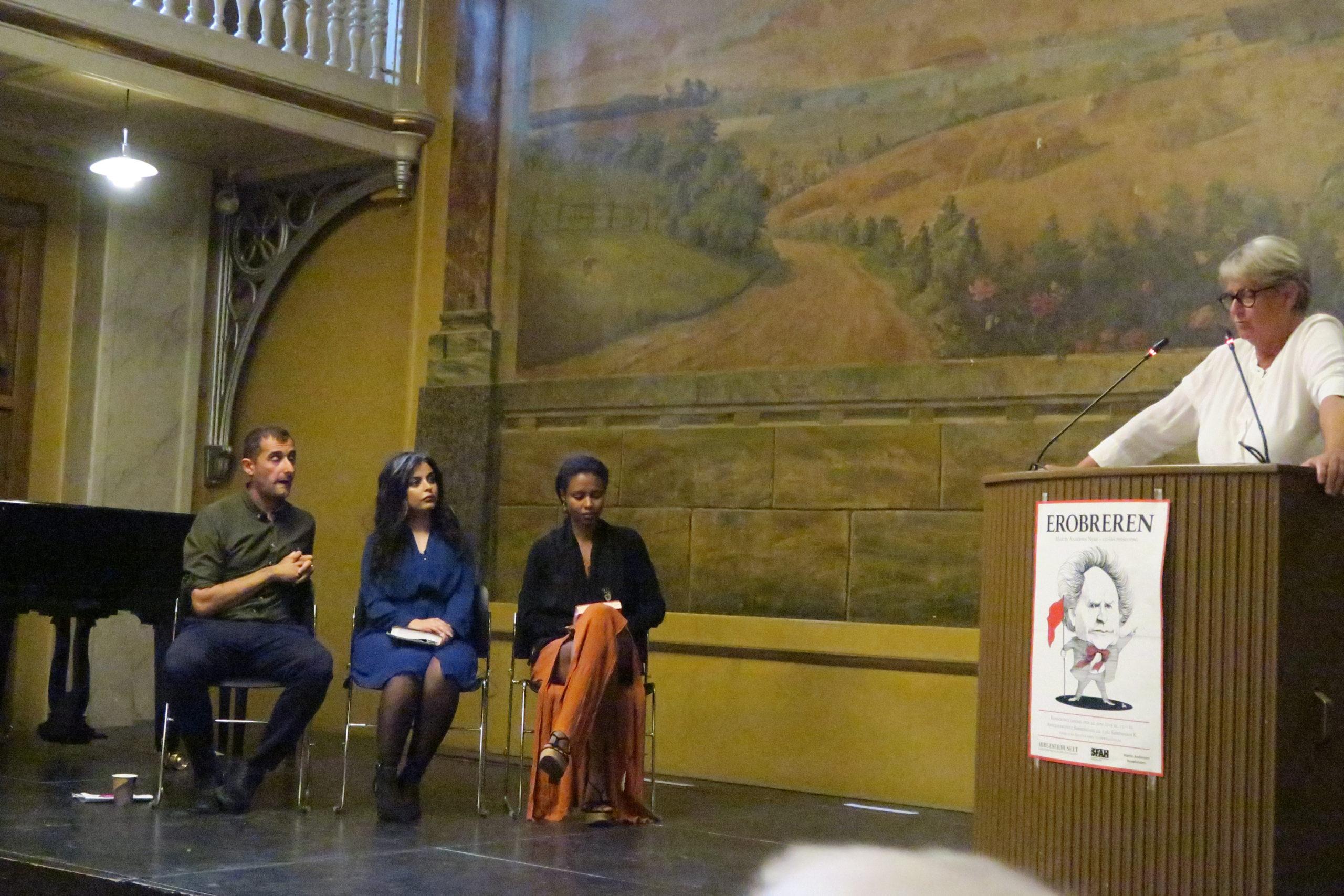 Lisbeth Gundlund Jensen motiverer de tre litterære prismodtagere